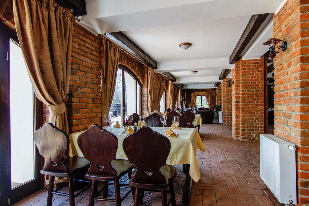 restaurant bran - Restaurant